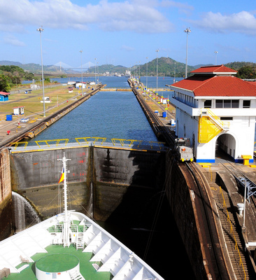 Waiting for water levels to equalize in Miraflores Locks